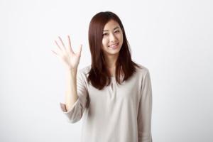 二の腕ダイエット③ 「バイバイポーズ」で二の腕を細くする方法