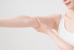 二の腕痩せダイエットに効果的なマッサージの方法