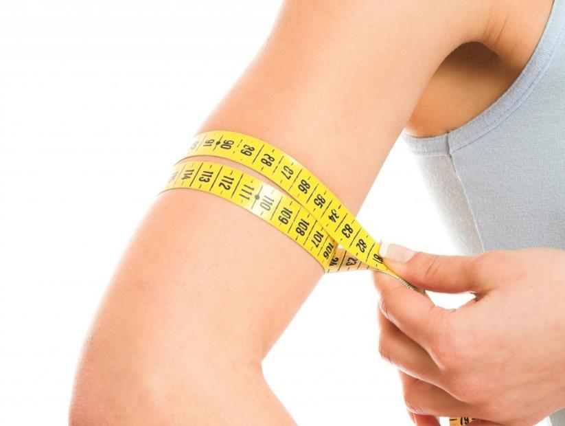 二の腕の正しい測り方とは?平均や理想のサイズを知ろう!