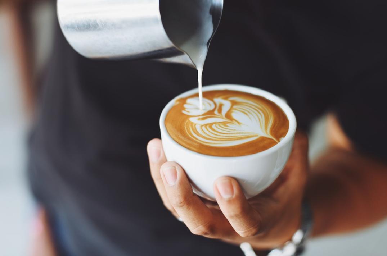コーヒーダイエットで牛乳を入れるメリットとデメリットを徹底解説!