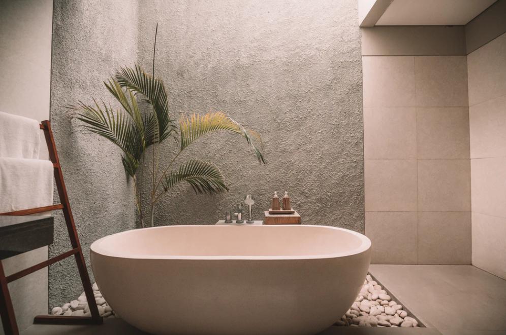 お風呂上がりにマッサージすれば脚やせ効果がさらにアップ?
